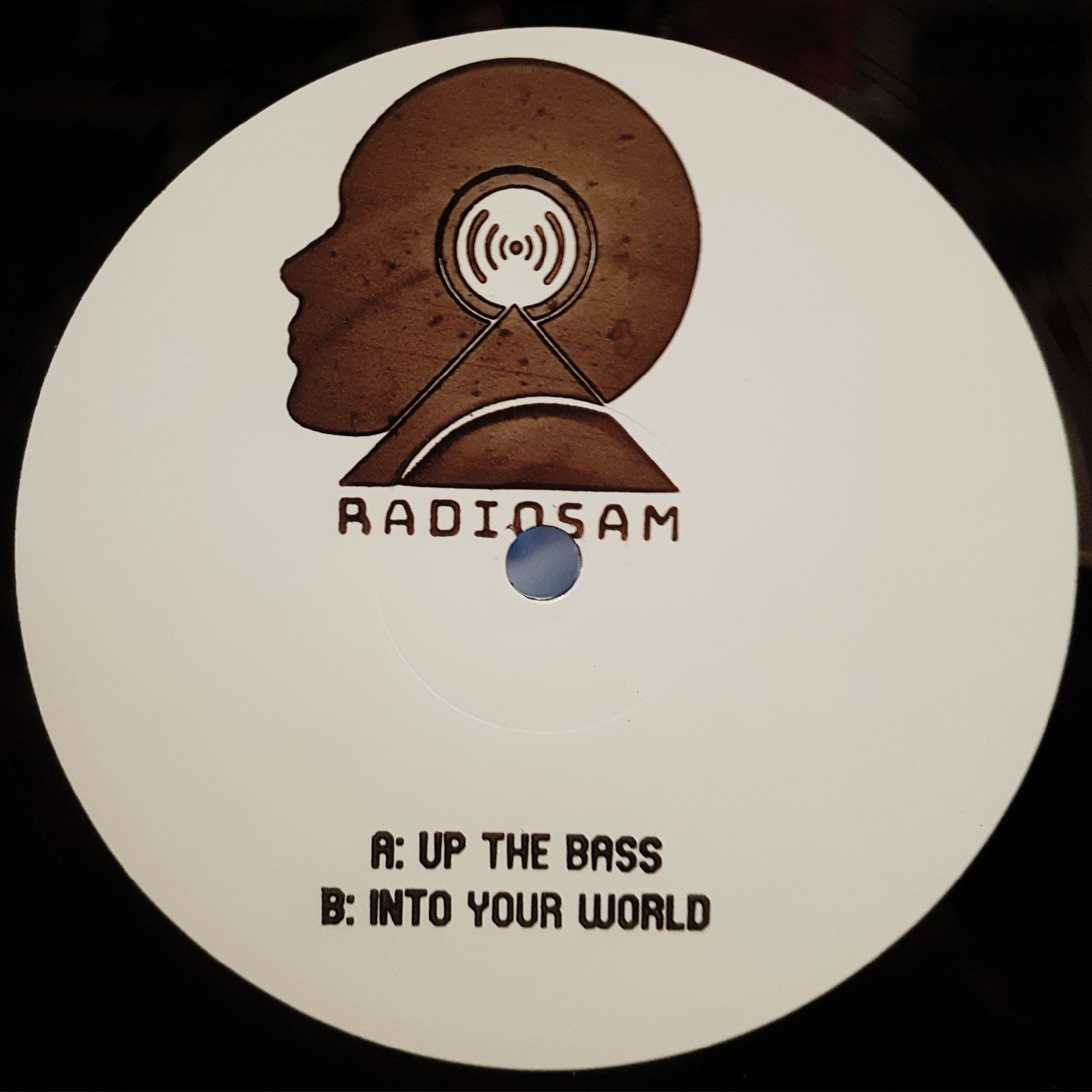 "[RRRDJ006] RadioSam - Up The Bass (12"" Vinyl + Digital)"
